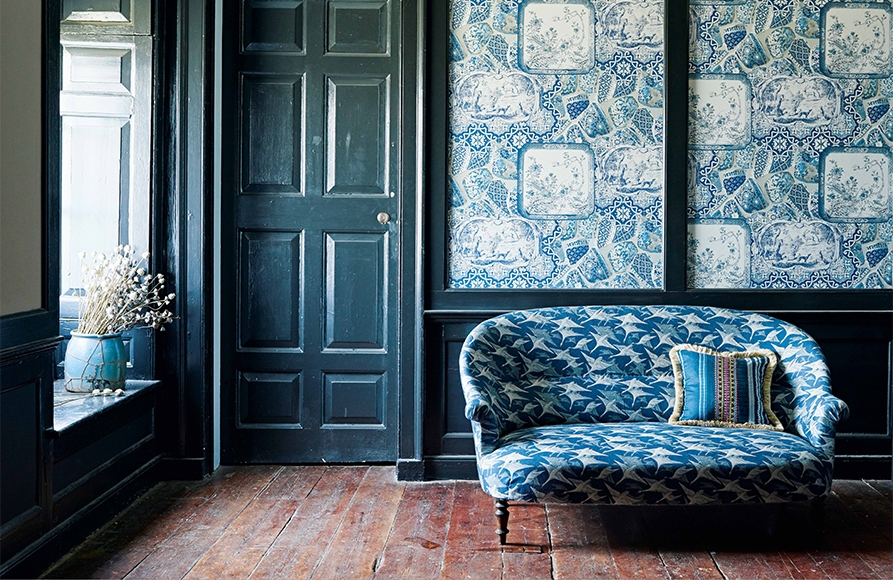 GP & Baker blue patterned wallpaper